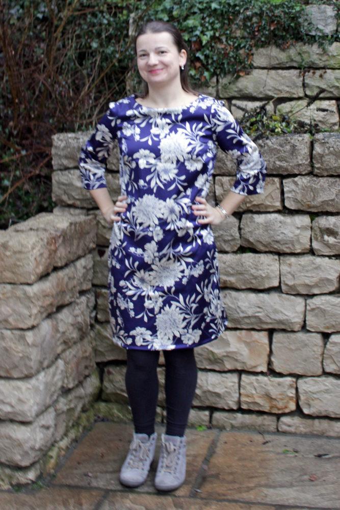 Kleid Retro Revival aus der meine Nähmode von vorn